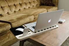 Slate Mobile Airdesk - Snygg planka för soffjobbare - MacWorld