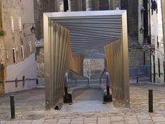 Galería de Rampas eléctricas en el centro antiguo / Roberto Ercilla + Miguel Angel Campo - 4
