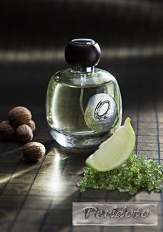 Peridot perfume not only preserves its original liveliness, but improves its scent and sensory emotions by means of irresistible and explosive notes of lime and lily of the valley, and the sensual and ancient, slightly spicy, aromas of ginger and nutmeg. The nature of this new fragrance is exemplified by the choice of intense hearty notes where a flower like jasmine combined with exotic clove creates a multifaceted signature enriched by elegant base notes such as amber, vanilla, and…
