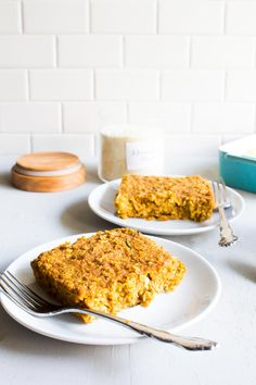 Kylie @immaeatthat would like to introduce you to zucchini bread meets oatmeal meets pumpkin muffin.