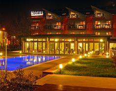 hotel visegrád Mansions, House Styles, Home Decor, Decoration Home, Manor Houses, Room Decor, Villas, Mansion, Home Interior Design