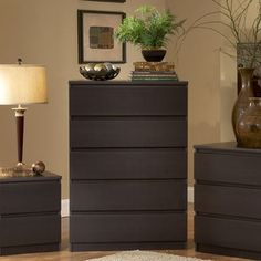 Simple yet contemporary, the 5 Drawer Chest is a unique blend of elegance and functionality. This elegant chest features five convenient drawers for helping you keep a tidy room. It provides you ample s Modern Dresser, Modern Bedroom Furniture, Accent Furniture, Cool Furniture, Living Room Furniture, Bedroom Chest Of Drawers, 5 Drawer Chest, Dresser Drawers, Dressers