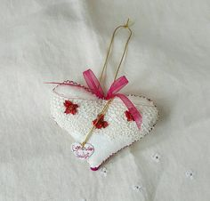 Handmade Hanging Heart Ornament, Beaded, White Damask Fabric, Lace, Filled with Wool and Dried Lavender by GreenLeavesBoutique on Etsy