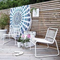 """Hanne Ebbesen på Instagram: """"Lido Lounge by Fiam, la nouveauté pour l'espace détente de cette année #fiam #fiamlido #mobilierdejardin #mobilier #mobilierdesign #chaise #chaiselounge #gardenfurniture #gardeninspo #design #déco #décoration #jardin #jardindeco #terrasse #balcon #vivredehors #minimal #chaiseenfil #salondete #designscandinave #madeinitaly #outdoor #outdoordesign #outdoordéco #outdoorfurniture #mobilierexterieur @halo_concept 📷cred: @interiorwife"""" Outdoor Chairs, Outdoor Furniture, Outdoor Decor, Decoration, Sun Lounger, Halo, Concept, Instagram Posts, Design"""