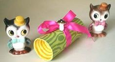 Lori at Pretty Little Things shows you how to make a yule log from a toilet paper tube and a couple of egg carton cups. It's a great way to package Crafts To Make, Crafts For Kids, Diy Crafts, Christmas Diy, Christmas Ornaments, Toilet Paper Roll Crafts, Yule Log, Nativity Crafts, Diy Gift Box