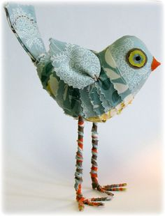 Happy Bird by Leslie Molen. Good use for some of those pretty scraps we have.