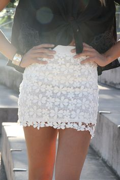 """crochet skirt So glad """"Lace is hot this year! White Lace Skirt, Eyelet Skirt, Wedding Dress, Sabo Skirt, Cute Skirts, Spring Summer Fashion, Summer Maxi, Pink Summer, Passion For Fashion"""