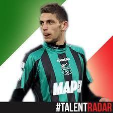 Domenico Sukses Curi Perhatian – Domenico Berardi, striker muda yang memperkuat Sassuolo, berhasil mencuri perhatian dengan membobol jala AC Milan.