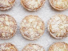 We've done biscuits, we've done buns, so now it's time for tarts! When it comes to Christmas, there is only one tart for me, that that's a good old mince pie.