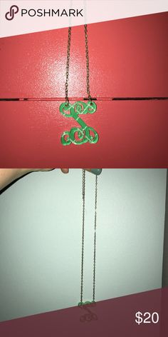 """S"" monogram green necklace Preppy and cute! Perfect for every outfit:) Jewelry Necklaces"