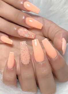 Awesome Orange Nail Polish & Nail Design Ideas for 2019 Browse here to see a lot of best ideas of orange nail polish and nail arts designs just to make you look more cute and sexy. There are so many shapes and nail polish trends that ladies use to wear to Peach Acrylic Nails, Peach Nails, Summer Acrylic Nails, Cute Acrylic Nails, Gel Nails, Coffin Nails, Spring Nails, Coral Nails Glitter, Peach Nail Art