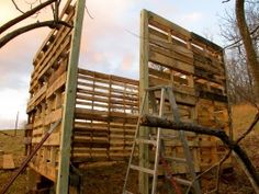 How to build using recycled wood pallets!  (10' x 10' goat shed made from wooden pallets)