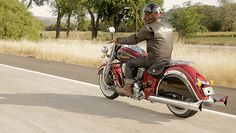 Iconic Two-Tone Paint   Indian Motorcycle