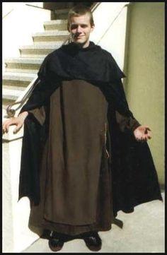 benedictine monks habit - Pesquisa Google