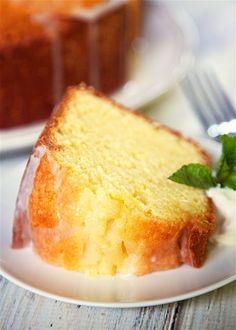 Lemon Sour Cream Pound Cake Really nice recipes. Every  Mein Blog: Alles rund um die Themen Genuss & Geschmack  Kochen Backen Braten Vorspeisen Hauptgerichte und Desserts