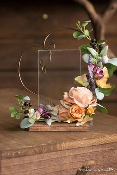 A lovely way to display the wedding rings for Ceremony Clay Flowers, Dried Flowers, Paper Flowers, Deco Floral, Floral Design, Flower Decorations, Wedding Decorations, Gold Wedding Centerpieces, Decor Wedding