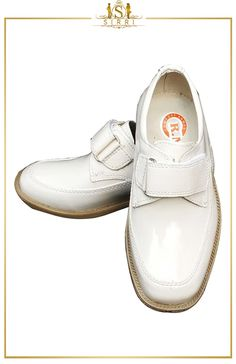 BABY BOYS SINGLE VELCRO FORMAL CREAM SHOES. Shop now at SIRRI kids #shoes for boys ideal for #wedding #communion online...Elegant fashion for children and men. #fashion #shopping