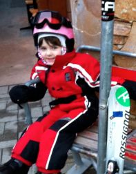 tips for first ski trip with toddlers, preschoolers and big kids: this is A's year!  http://pintsizepilot.com