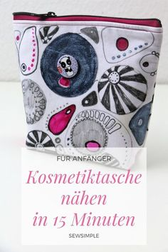 In no time at all: sew a cosmetic bag in 15 minutes- Im Handumdrehen: Kosmetiktasche nähen in 15 Minuten Sew cosmetic bag in 15 minutes - Diy Projects For Kids, Sewing Projects For Beginners, Diy For Kids, Fabric Crafts, Sewing Crafts, Paper Crafts, Cute Diy Crafts, Upcycled Crafts, Diy Bags Purses