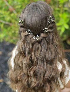coiffure petite fille mariage, coiffure bapteme simple et très sympa