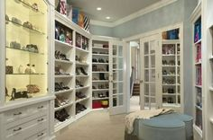 SHOE CLOSET...IF ONLY