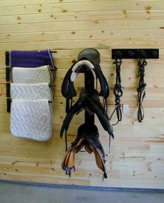 IES 3-post saddle rack with blanket racks and bridle racks