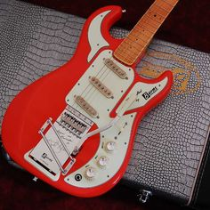 Burns HANK MARVIN SIGNATURE (Red)