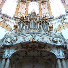 Kloster Ettal (Ettal Abbey)  | Ettal Bavaria Germany #klosterettal #ettalabbey #kloster #abbey #ettal #bavaria #germany #travel #traveler #travelpics #instatravel #roadtrip #roadtrippers #wanderlust #church #organ #pipes #baroque #ontheroad #exploregermany #explore #explorer #adventure #adventureaddict #thejunes2016 by drbrookejune