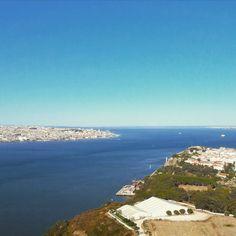 "The beautiful estuary of Tejo. No wonder the Phoenicians called Lisbon ""Alis-Ubbo"", meaning ""mild or pleasant bay""! #tejo #tejoriver #tejoestuary #lisbon #alisubbo #phoenicians #history #lisbontailoredtours #lisbonwithpats"