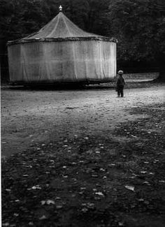 Eva Fuková - This reminds me of the book The Night Circus. Mysterious and magic. White Photography, Street Photography, Scary Circus, Black White Photos, Black And White, Laughing Jack, Night Circus, American Horror Story, Mythical Creatures