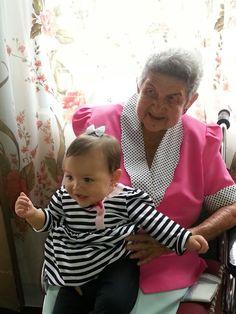 Simona con la bisabuela Ofelia de 89 años.  Las dos son un Amor!!