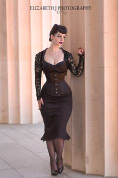 Evening shoot with Miss Victory Violet. missvictoryviolet.com All Images are copyright of Elizabeth J Photography
