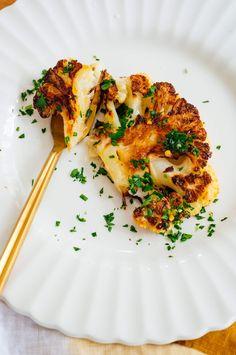 Roasted Cauliflower Steaks, Cauliflower Recipes, Cauliflower Rice, Side Recipes, Easy Dinner Recipes, Vegetable Recipes, Vegetarian Recipes, Veggie Food, Vegetable Dishes