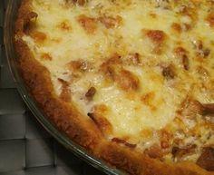 Kantarellipiirakka (gluteeniton) Pizza, Cheese, Food, Essen, Meals, Yemek, Eten