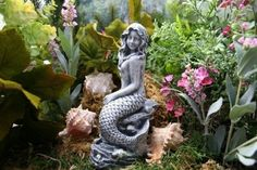 Hey, I found this really awesome Etsy listing at https://www.etsy.com/listing/48609689/concrete-mermaid-garden-statues-mermaid
