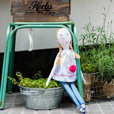 Minina Loves Kids Brand, Love, Kids Room, Red, Inspiration, Home Decor, Toys, Throw Pillows, Hipster Stuff