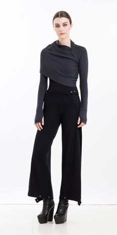 Sleeve Shrug from nfpstudio http://nfpstudio.com/shop/accessories/sleeve-shrugs/na08-m/