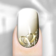 wedding rings nail art, this is really beautiful!! Too bad I am married already :(