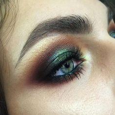 Green Smokey Metal Look
