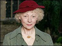 Geraldine McEwan- By far the only Miss Marple that I really enjoyed...she just has a tendency to make you smile with her sweet old lady, yet no-nonsense taking, it's-so-simple-a-2-year-old-could-understand-it, way about her!