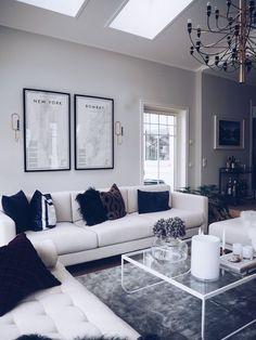 Table design, living room inspiration, home interior design, home deco, dig Living Room Grey, Home Living Room, Living Room Decor, Silver Living Room, Chic Living Room, Cozy Living, Home Interior, Interior Design Living Room, Living Room Designs