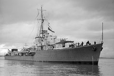 HMS Nizam during WWII. Photo: Allan C. Green. State Library Victoria H91.250/1351