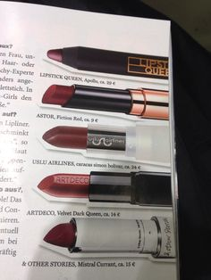 Dunkelrote Lippenstifte