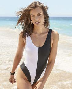 Lauren Cohan, Bikinis, Swimsuits, Swimwear, Maggie Greene, Social Media Break, Womens Health Magazine, British Actresses, The Walking Dead