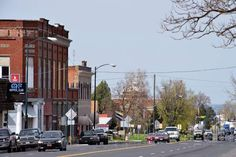 Milton-Freewater hopes to bridge gap between downtowns - Local News - East Oregonian