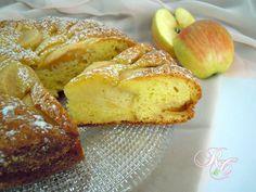 E' bello cominciare la giornata con dolcezza, con una deliziosa torta di mele e ricotta. La giusta carica per affrontare la giornata!