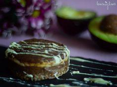 RAW - Avokádové čokodortíky Cheesecake, Mini, Desserts, Recipes, Food, Cheesecake Cake, Tailgate Desserts, Deserts, Cheesecakes