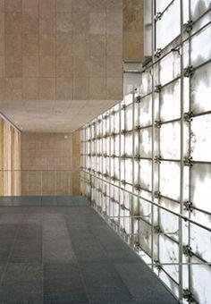 German Federal Bank headquarters in Chemnitz - Josep Lluis Mateo