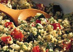 Tabbouleh Salad Enjoy this mint- and parsley-flavored couscous salad. Couscous Salad, Pasta Salad, Couscous Ideas, Vegetarian Recipes, Snack Recipes, Great Recipes, Favorite Recipes, Crock Pot Soup, Main Dishes