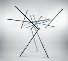 Kenneth Snelson, pioneer of tensegrity structures.